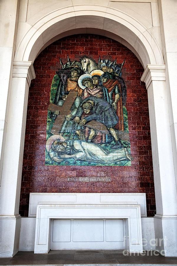 Jesus Cai Pela Terceira Vez Photograph - Jesus Cai Pela Terceira Vez by John Rizzuto