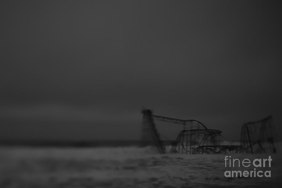 Black And White Photograph - Jet Star After Sandy by Lily Szabo