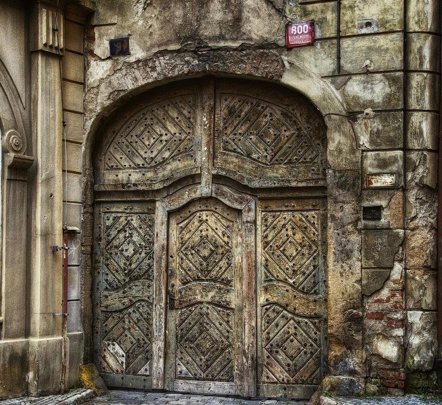 Joan Carroll Photograph - Jewish Quarter Doorway by Joan Carroll