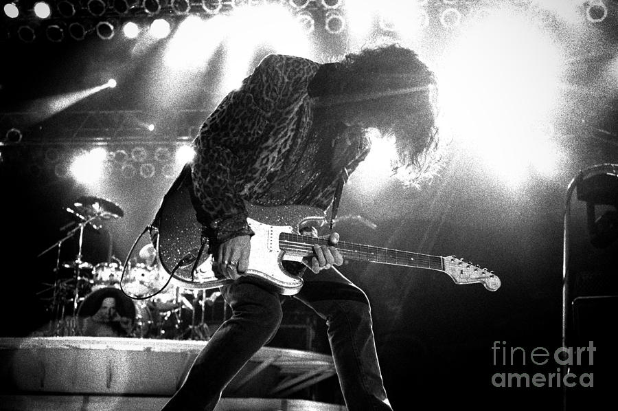 Joe Perry Photograph - Joeperry-gp03 by Timothy Bischoff
