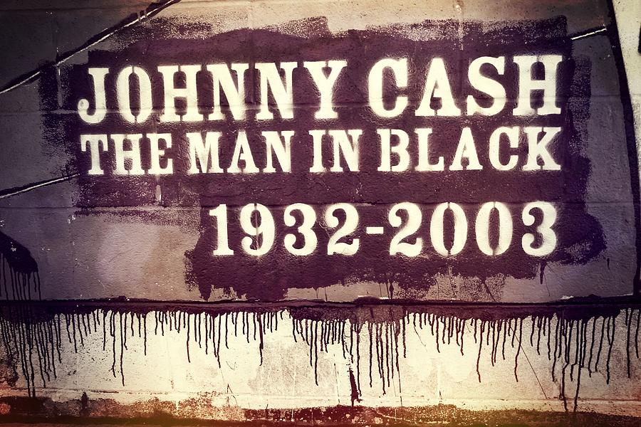 Johnny Cash Museum Photograph - Johnny Cash Memorial by Dan Sproul