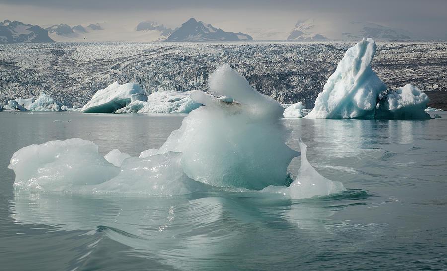 Jokularsson Glacier Lagoon Photograph by Jamie Gordon