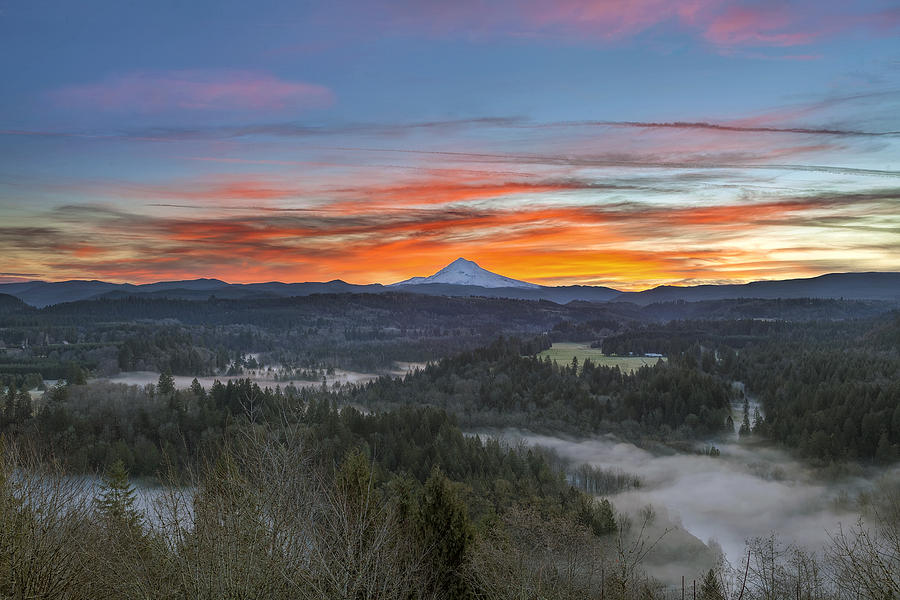 Mt Hood Photograph - Jonsrud Viewpoint Sunrise by David Gn
