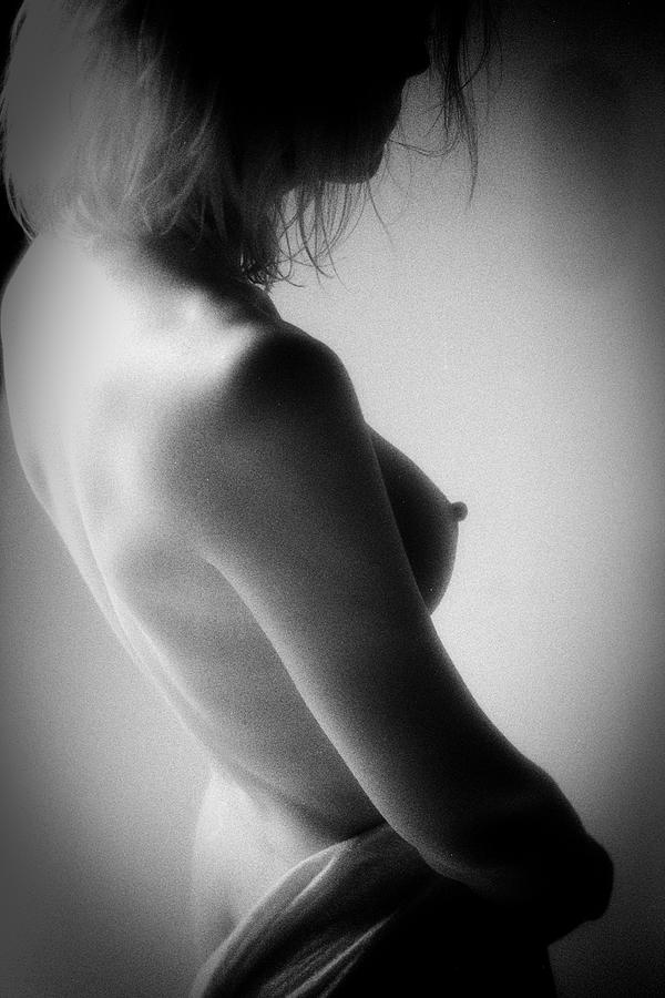 B&w Photograph - Judy Nude 1467 by Timothy Bischoff