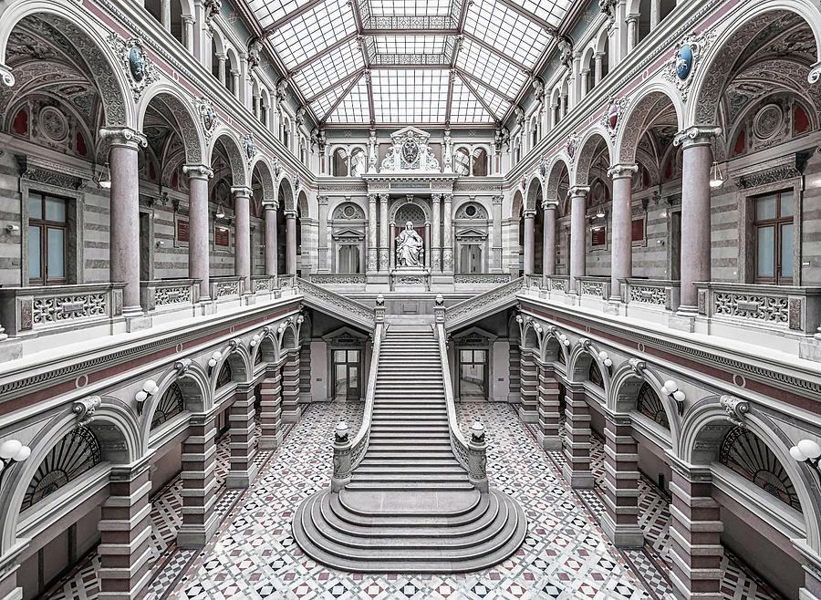 Vienna Photograph - Justizpalast, Vienna. by Massimo Cuomo