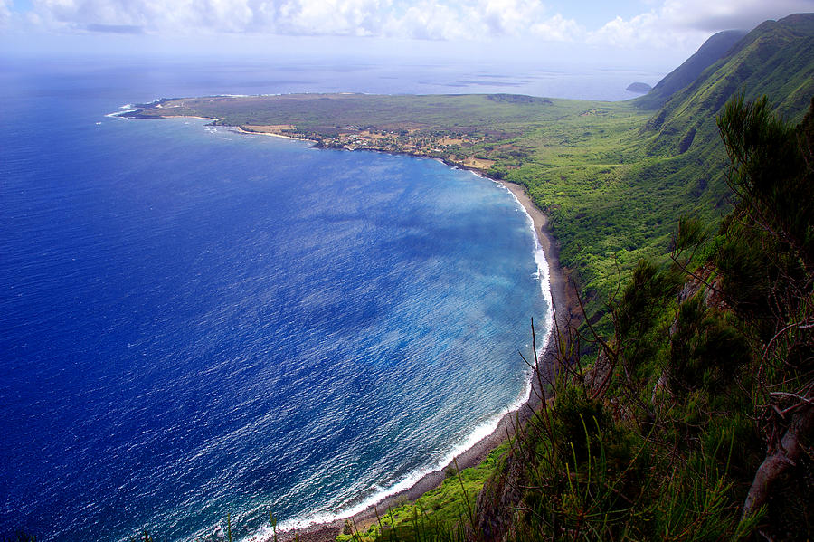 Hawaii Photograph - Kalaupapa Peninsular by Kevin Smith