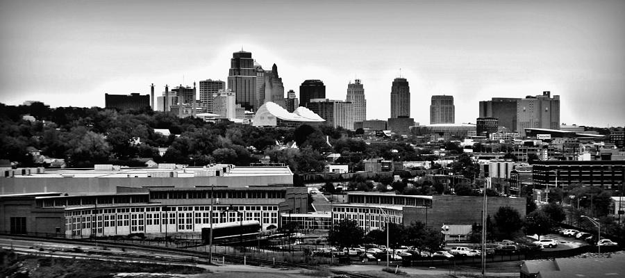 Kansas City Photograph - Kansas City Skyline And Roundhouse Bw by Elizabeth Sullivan