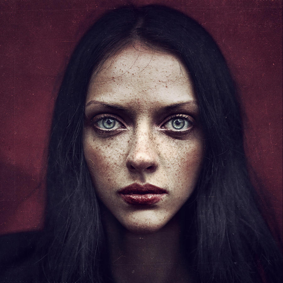 Portrait Photograph - Kate by Anka Zhuravleva