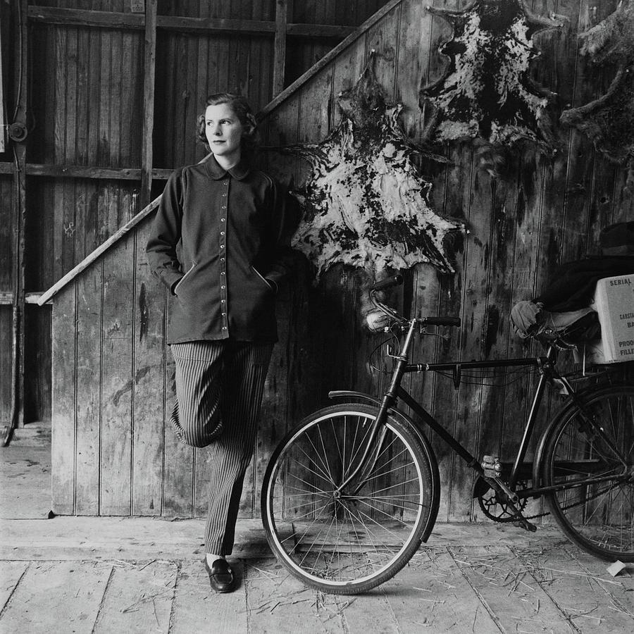 Katharine Shields By A Bicycle Photograph by Richard Rutledge