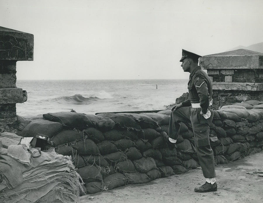 Retro Photograph - Keeping Watch On The High Tides At Lyn Mouth by Retro Images Archive