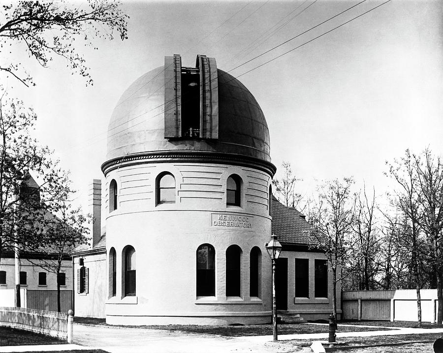 Building Photograph - Kenwood Observatory by Yerkes Observatory, University Of Chicago, Courtesy Emilio Segre Visual Archives/american Institute Of Physics