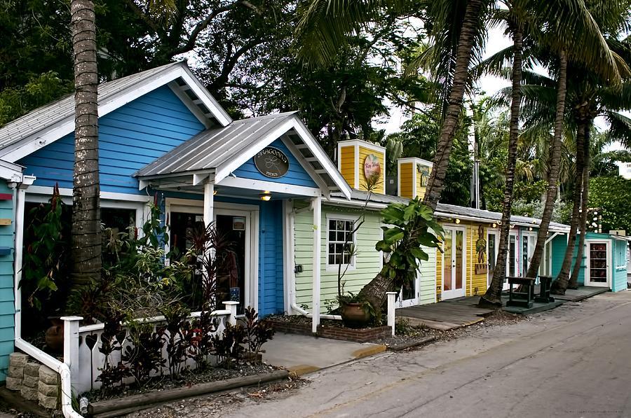 Pleasant Key West Lazy Lane Way By Chrystyne Novack Interior Design Ideas Clesiryabchikinfo