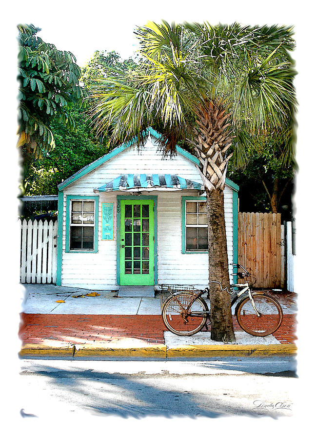 Key West Photograph - Keys House And Bike by Linda Olsen