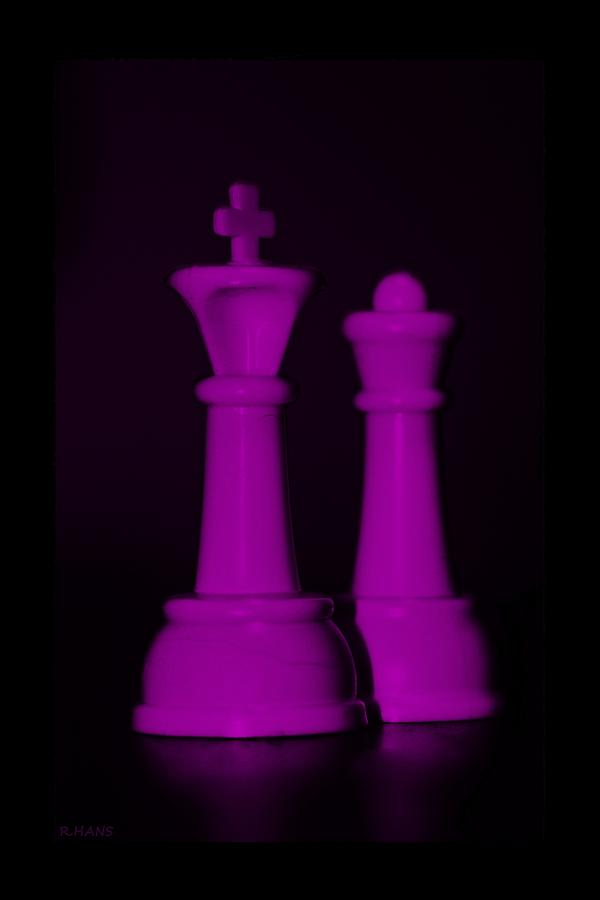 Queen Photograph - King And Queen In Pink by Rob Hans