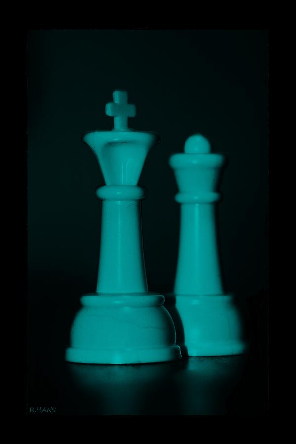 Queen Photograph - King And Queen In Turquois by Rob Hans