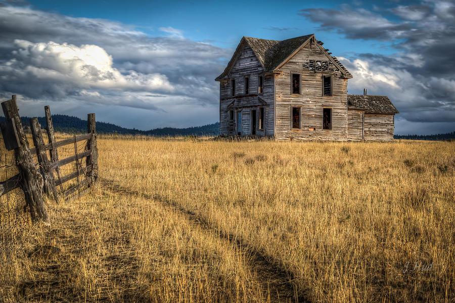 Landscape Photograph - King Homestead by Joe Hudspeth