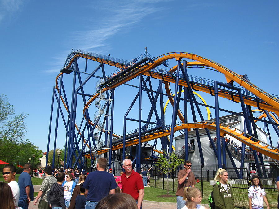 Kings Photograph - Kings Dominion - Dominator - 01131 by DC Photographer