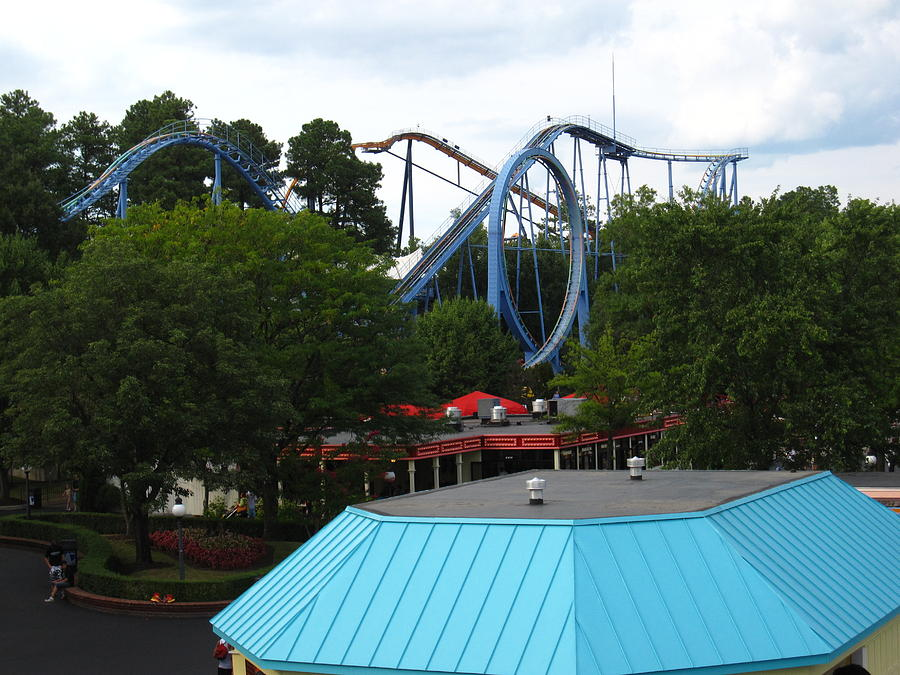 Kings Photograph - Kings Dominion - Shockwave - 12121 by DC Photographer