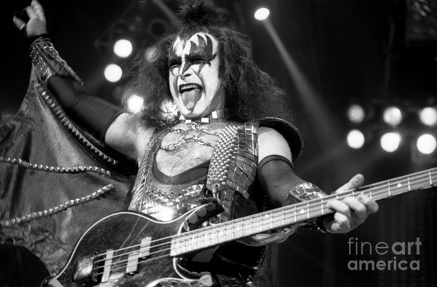Gene Simmons Photograph - Kiss-gene-gp10 by Timothy Bischoff