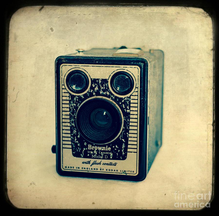 Camera Photograph - Kodak Brownie by Sonja Quintero