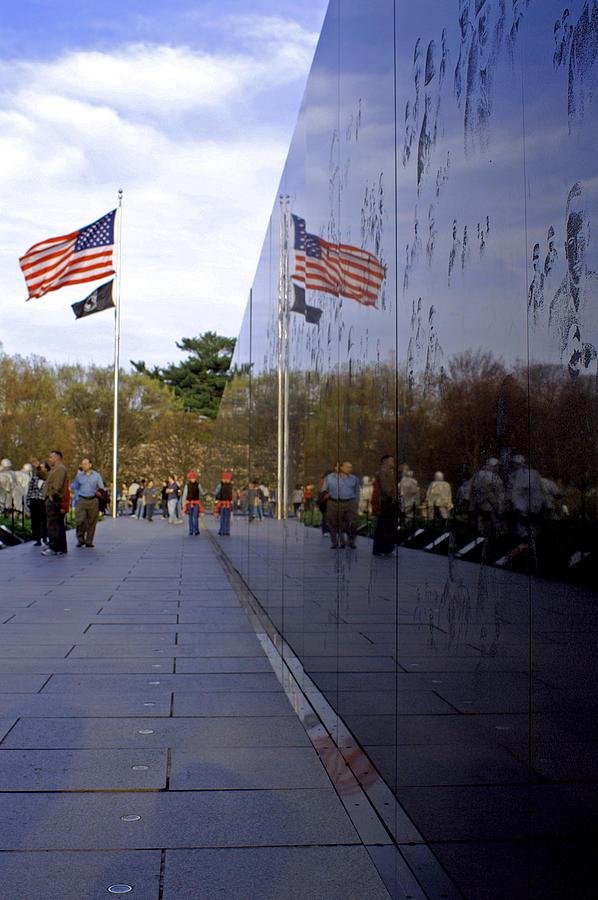 Washington D.c. Photograph - Korea Memorial by Pablo Rosales
