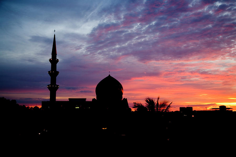 Kota Kinabalu State Mosque Photograph by Richard Ianson