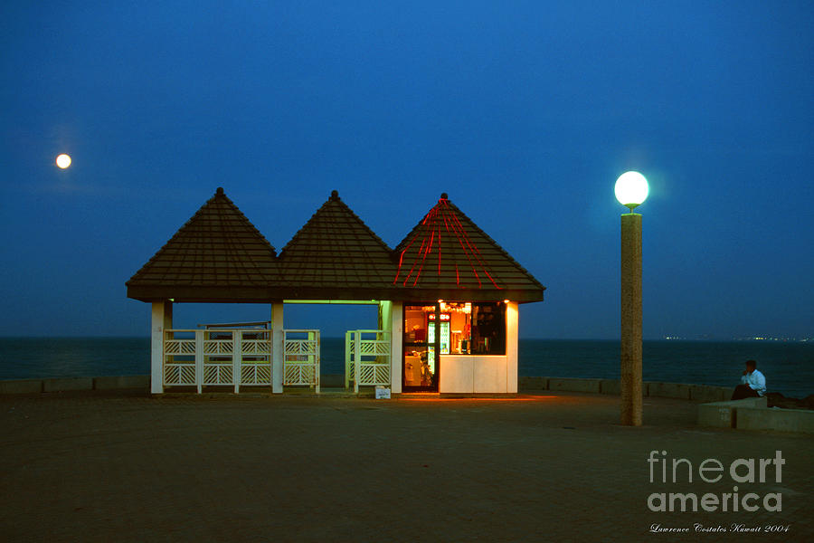 Pier Photograph - Kuwaiti Pier Snack Bar At Dusk by Lawrence Costales