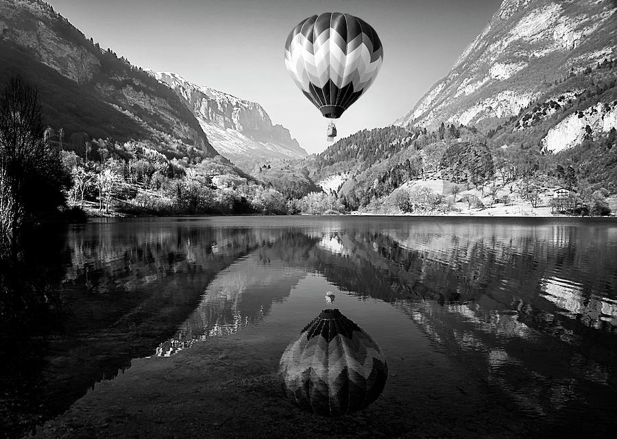 Lake Photograph - La Mongolfiera by Andrea Auf Dem