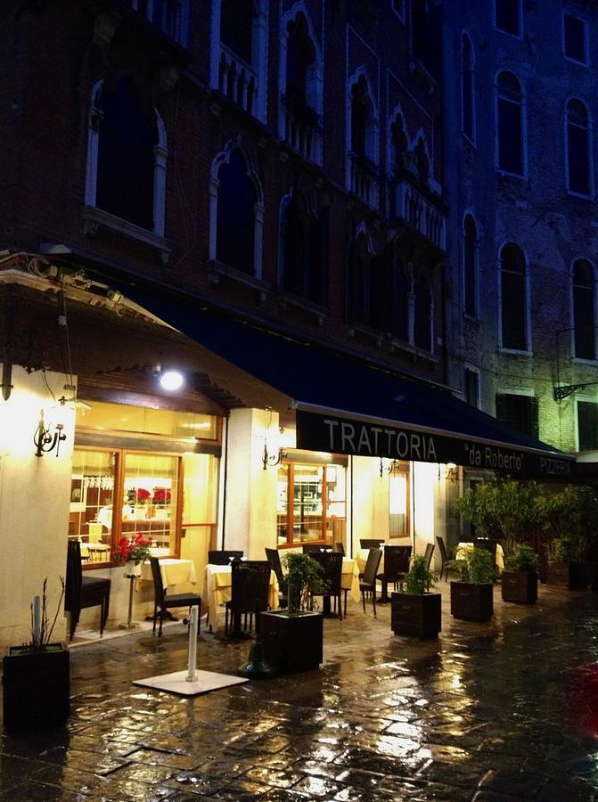 Venice Photograph - La Robertos Trattoria On A Rainy Eve by Jan Moore