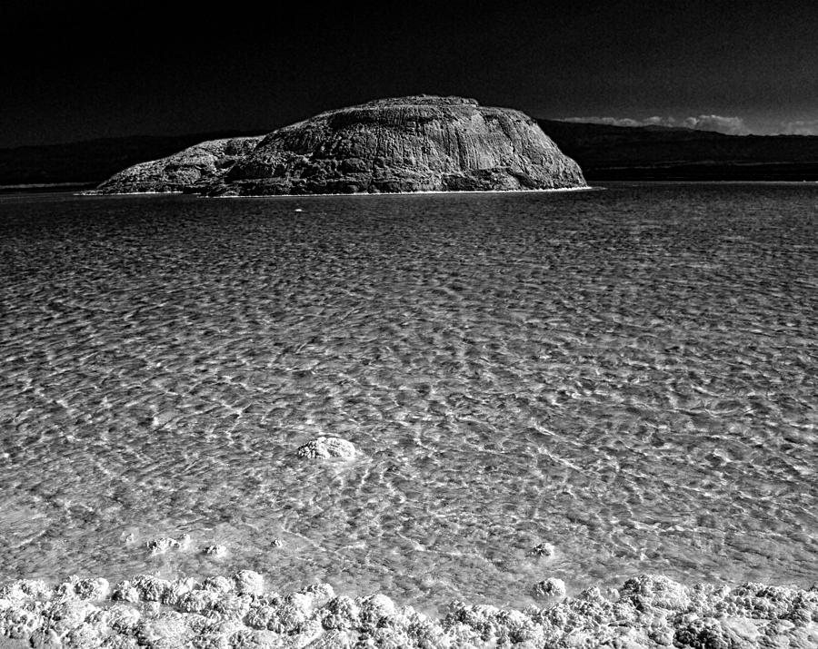 Africa Photograph - Lac Assal In Djibouti by Guillermo Hakim
