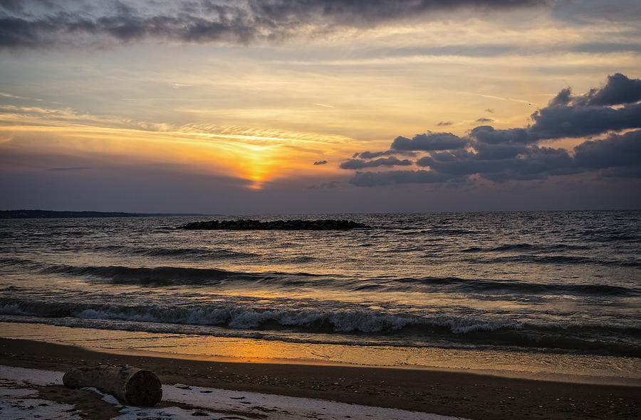Sunset Photograph - Lake Erie Sunset by Dave Files