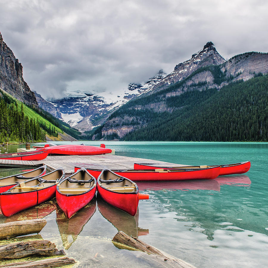 Lake Louise Canoes Photograph by Wr Mekwi