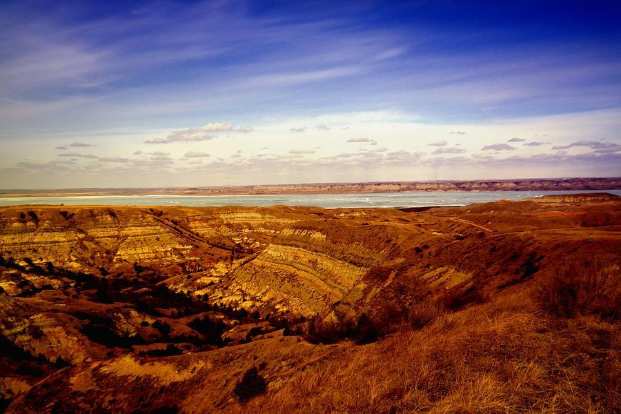Water Photograph - Lake Sakakawea North Dakota by Jeff Swan