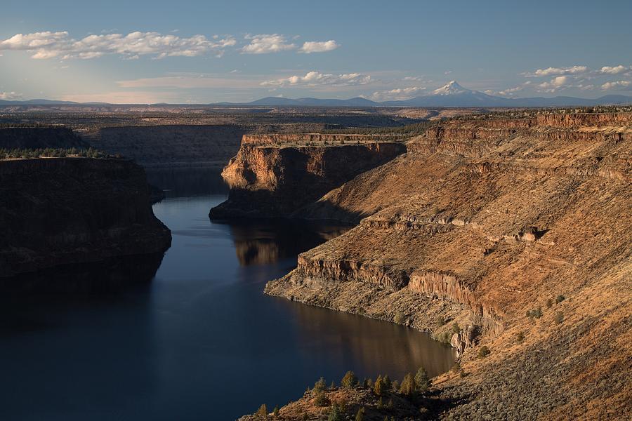 Lake Simtustus Of Oregon Photograph