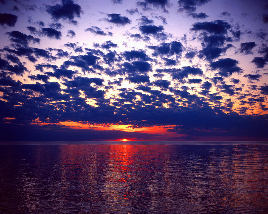 Lake Superior Photograph - Lake Superior Sunset by Tim Hawkins