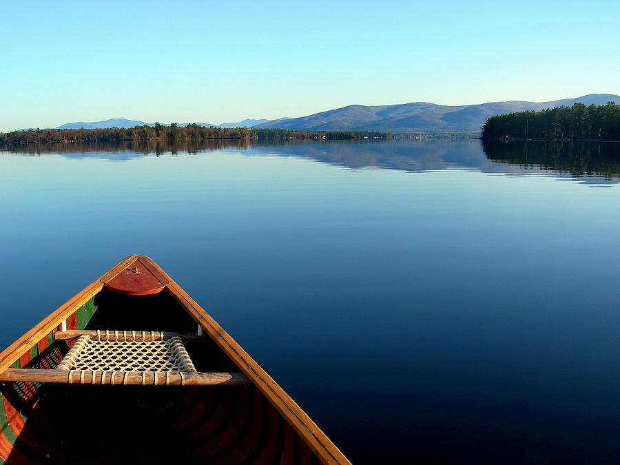 Canoe Photograph - Lake Winnepasaukee Canoe by Skip Willits