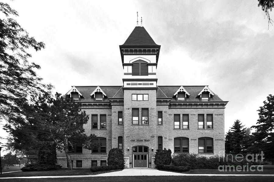 Howards Grove Photograph - Lakeland College Old Main Hall by University Icons