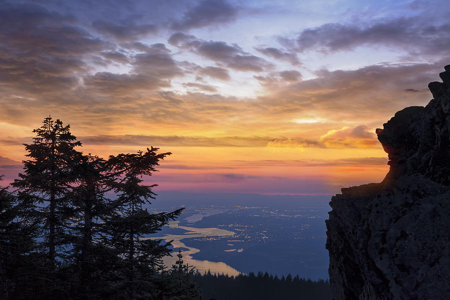 Sunset Photograph - Larch Mountain Sunset by David Gn