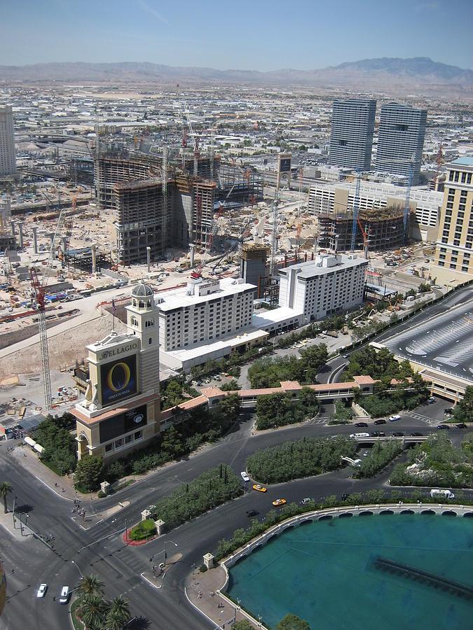 Las Photograph - Las Vegas - The Srip - 12129 by DC Photographer