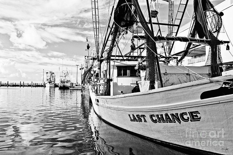 Last Chance Photograph - Last Chance by Scott Pellegrin