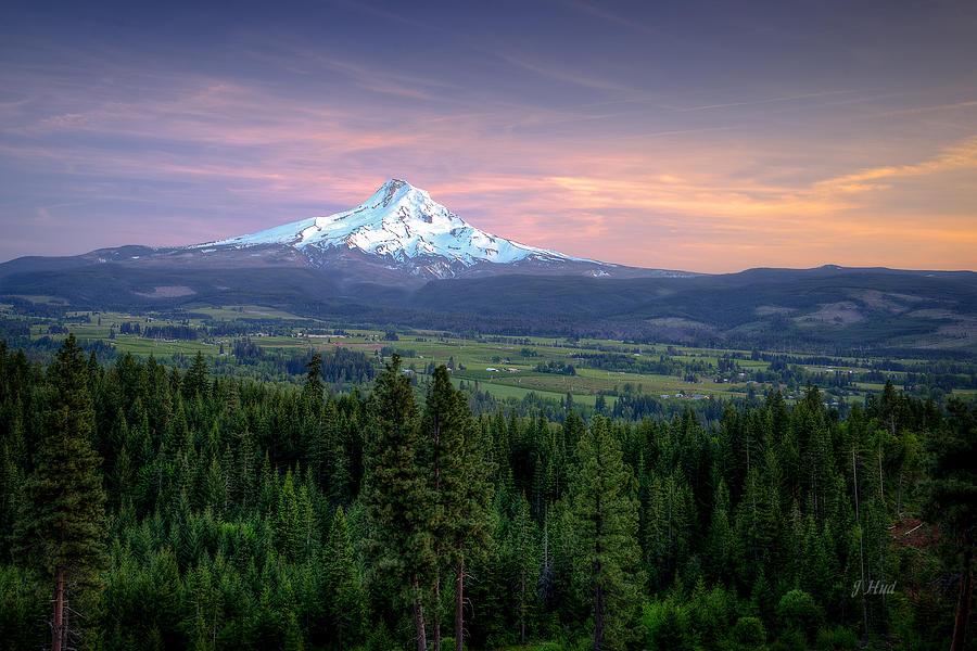 Mt. Hood Photograph - Last Light On Mt. Hood by Joe Hudspeth