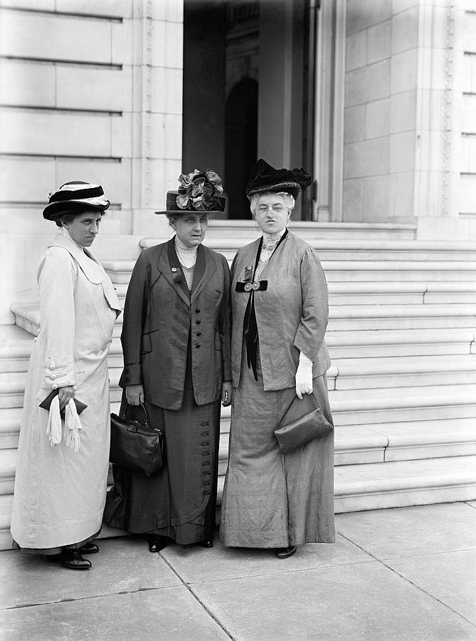 Activist Photograph - Lathrop, Addams, Mcdowell by Granger