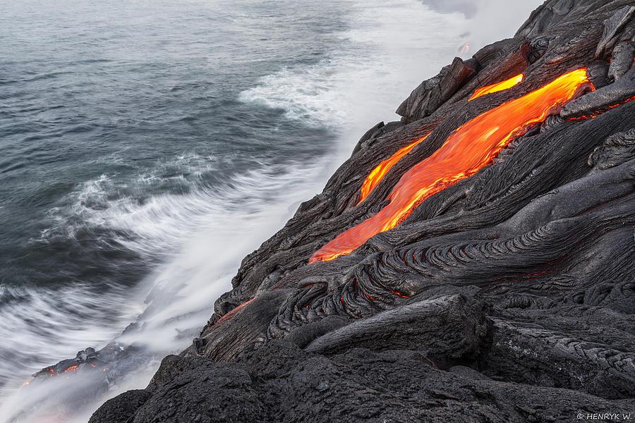 Hawaii Photograph - Lava by Henryk Welle
