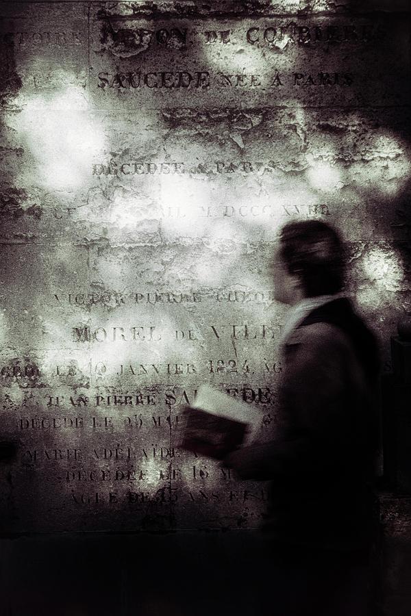 Toned Photograph - Le Lecteur by Eric Drigny