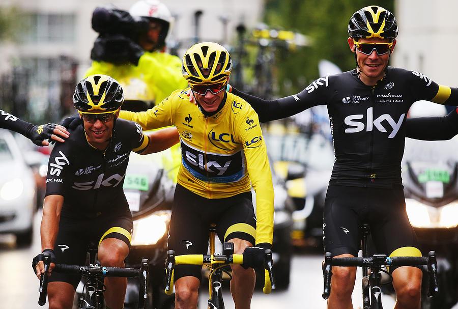 Le Tour de France 2015 - Stage Twenty One Photograph by Bryn Lennon