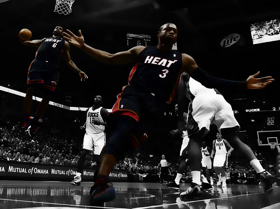 1933788b2542 Lebron And D Wade Showtime Digital Art by Brian Reaves