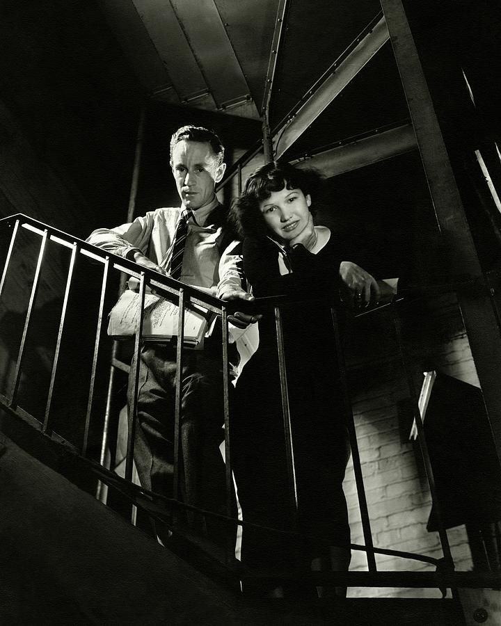 Leslie Howard And Peggy Conklin Leaning Photograph by Lusha Nelson