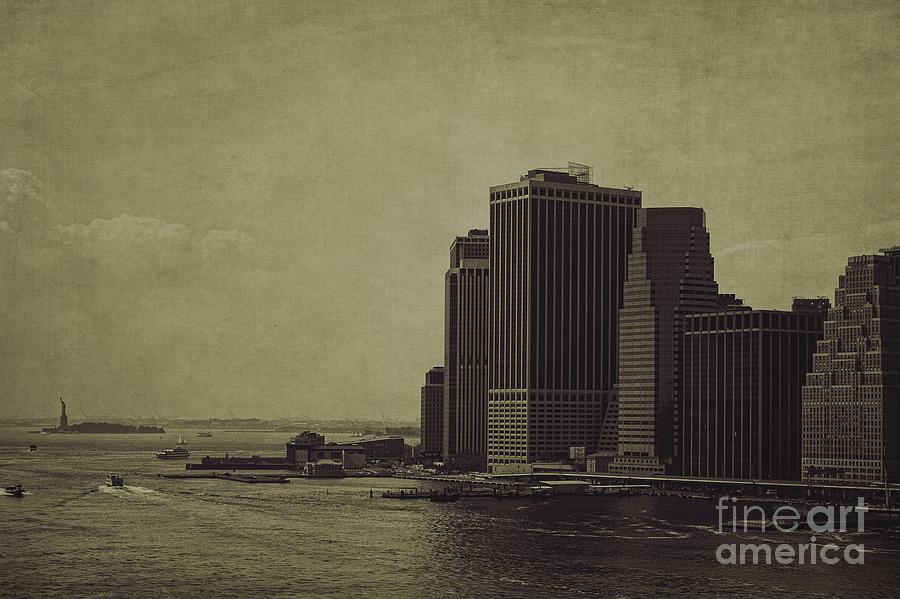 Manhattan Photograph - Liberty Scale by Andrew Paranavitana
