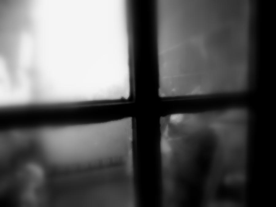 Crucifix Photograph - Light The Way by Paulo Guimaraes