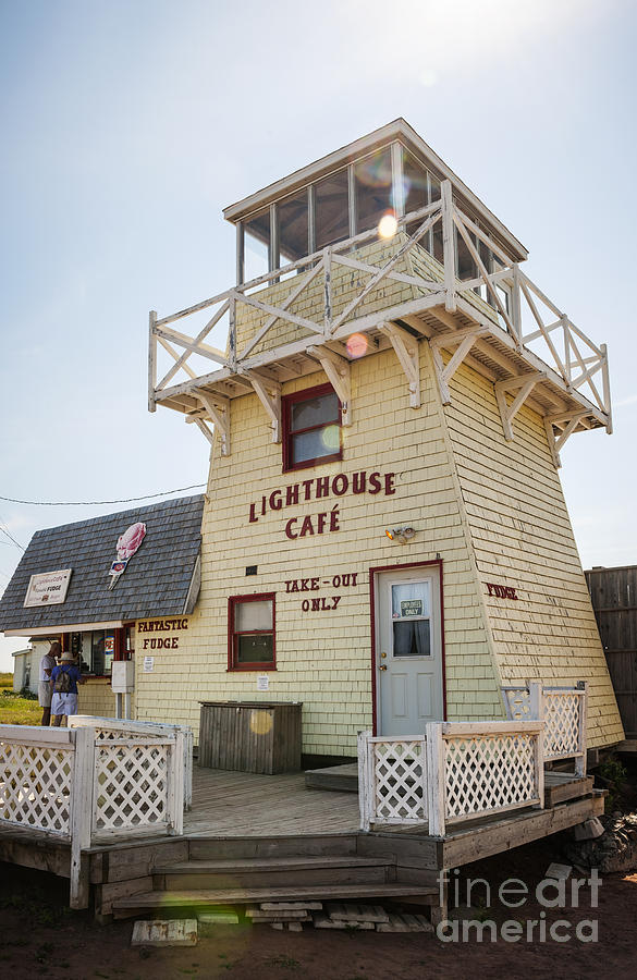 Lighthouse Photograph - Lighthouse Cafe In North Rustico by Elena Elisseeva